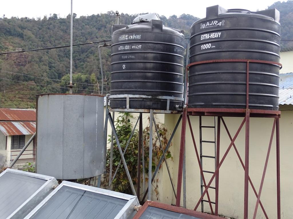 Neue Wassertanks